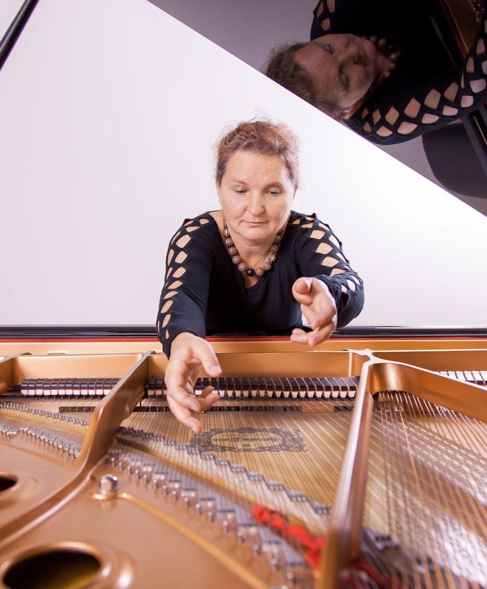 Karen Schlimp im Porträt. Foto (c) Günter Touschek